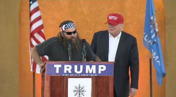 Willie Robertson echoes support for Donald Trump at a recent rally.
