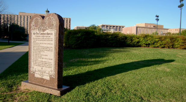 The 10th Circuit Court of Appeals has upheld a lower court order to remove the Ten Commandments monument from the lawn of Bloomfield City Hall in New Mexico.